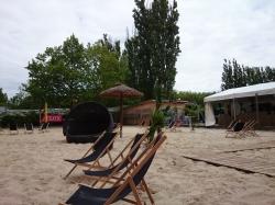 beach-berlin-public-viewing-1