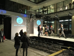Winterfashion Show - Mall of Berlin (11)