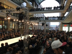 Winterfashion Show - Mall of Berlin (12)