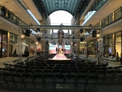 Winterfashion Show - Mall of Berlin (9)