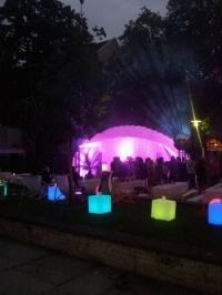 beleuchtete Bardeko und Dome
