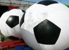Riesen Fußball