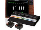 Atari 2600 mit Röhrenbildschirm